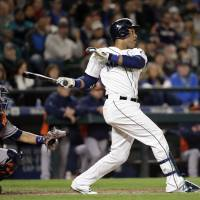 Cano hits grand slam  to fuel Mariners rout