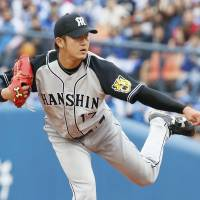 Tigers' Iwasada fans 12 in stellar outing against punchless BayStars