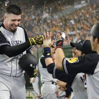 Tigers pounce on Giants youngster Taira, reliever Tsuchida