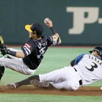 Hawks' Kawashima not angry over being injured by former teammate's slide