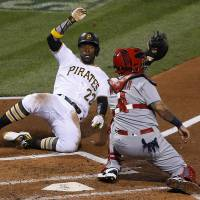 Mercer lifts Pirates with game-winning hit