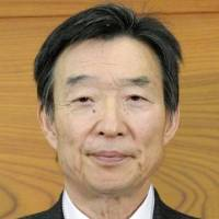 BOJ qualifies on website only that Policy Board pair 'completed' Todai PhD programs