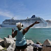 Liner leaves Miami on first such tourist cruise to Cuba in over half century
