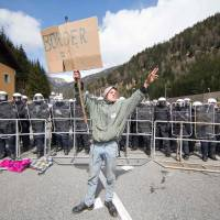 Austria plan for Brenner border fence to 'channel' migrants risks waking ghosts of past: Italy