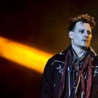 Actor Johnny Depp suffers loss of mother, accusations of violence from estranged wife