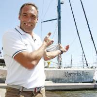 Swiss explorer Mike Horn departs on pole-to-pole sailing, skiing, kite quest