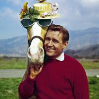 1960s 'Mister Ed' sitcom star Alan Young dies at 96