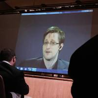 Snowden files set for wider release as more news organizations given access
