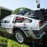 A replica of the DeLorean that appeared in the 'Back to the Future' series that was displayed at Universal Studios Japan is being auctioned off online with the proceeds going to charity. | UNIVERSAL STUDIOS JAPAN