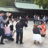 Foreign tourist numbers top record for second straight month in Japan