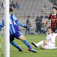 FC Seoul eliminates Urawa on penalty kicks