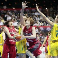 Australia women's squad completes three-game sweep of Japan
