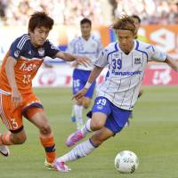 Gamba, Tokyo running out of time to get going in J. League