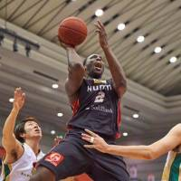 Gary Hamilton, a forceful presence in the frontcourt, is seen in action during the 2014-15 season while playing for the Osaka Evessa. He earned back-to-back rebounding titles in the bj-league in the 2009-10 and 2010-11 seasons. | PHOTO COURTESY OF GARY HAMILTON