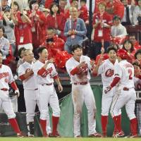 Carp could take control in CL by finally solving interleague puzzle