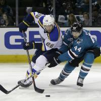 Blues down Sharks to even series