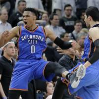 Westbrook leads Thunder past Spurs for 3-2 lead in series