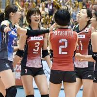 Japan women's volleyball team books spot in Rio Olympics