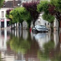 Paris' flooded Seine River swells 6 meters: official