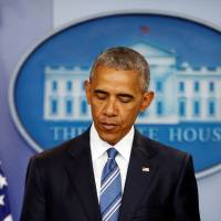 Obama apologizes to 4 million left in limbo after split top court blocks his immigration plan