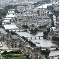 As flood chaos hits France, Paris museums set to put valuable treasures out of harm's way