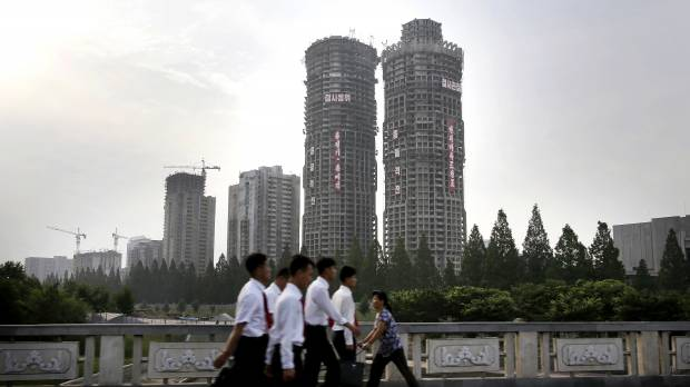 North Korean soldier-workers ordered to work on building major skyscraper project in nation's capital