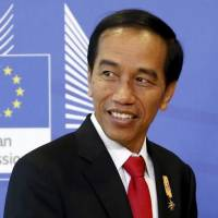 Indonesia leader, top execs visit Natuna isles in warship