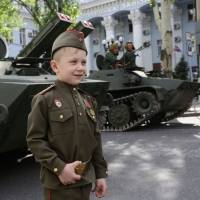 Back in the USSR? Ukraine rebels aim to 'bring up patriots'