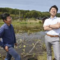 Network promotes Japan's organic farming in a bid to keep industry alive