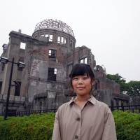 Yukako Ishiguchi, Junior high school teacher, 32 (Japanese): His visit was great. The most important thing is the 