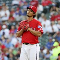 Darvish to skip start with neck, shoulder tightness