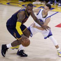 LeBron, Curry set to square off again in finals