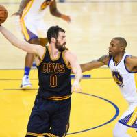Cavs looking to move ball in Game 2