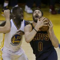 Warriors, Cavs aware finals not done deal yet