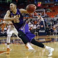 Sixers take Simmons with No. 1 draft pick