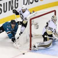 Penguins on brink of clinching Stanley Cup title