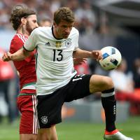 Germany beats Hungary in tuneup