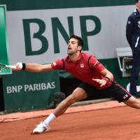 Djokovic, Murray to square off in French Open final
