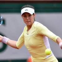 Muguruza wins French Open, denying Williams 22nd major title