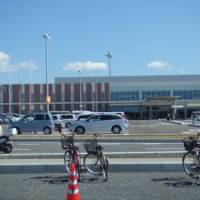 Ibaraki Airport parking lot: You can even ride your bicycle there!