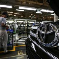 Toyota to let go of 800 workers in Thailand