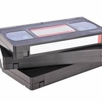 Japanese maker of VCRs to pull plug on product after sales tumble