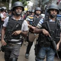 Bangladesh hunts escaped extremist as it probes IS links