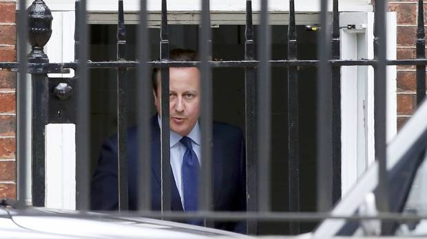 Movers arrive as Cameron chairs last Cabinet meeting before May steps into the Brexit fray