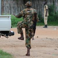 South Sudan fears return to civil war as heavy fighting erupts anew in Juba, thousands flee