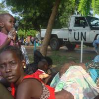After days of fighting South Sudan's Kiir, Machar order cease-fire as civil war fears grow