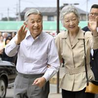 Emperor may speak publicly about his future as early as Aug. 8, sources say