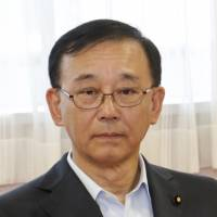 Tanigaki remains hospitalized after cycling accident as Cabinet reshuffle looms