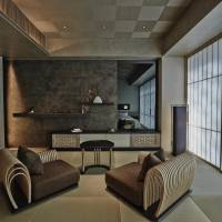 Cozy ambience: Hoshinoya Tokyo's guest rooms are fitted with furnishings that encourage a floor-level style of relaxation.