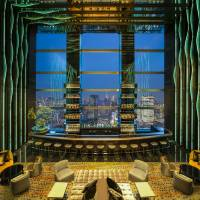 Levitate me: The Prince Gallery Tokyo Kioicho features an open two-story Sky Louge Levita, from which guests can enjoy panoramic views of Tokyo through the floor-to-ceiling glass windows.